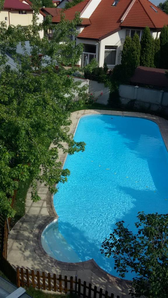 Vila deosebita cu piscina, langa padurea Baneasa
